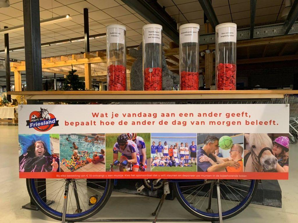 De sponsorfiets van Hart in Friesland